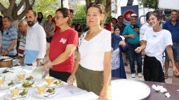 Festivalde, Yoğurt Yarışmaları Düzenlendi