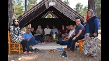 AK Parti Silifke Teşkilatından Birlik Beraberlik Yemeği