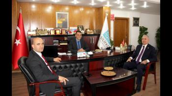 MHP Mersin Milletvekilleri Altunok'u Ziyaret Etti